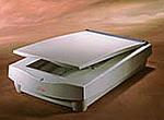 UMAX Astra 600S